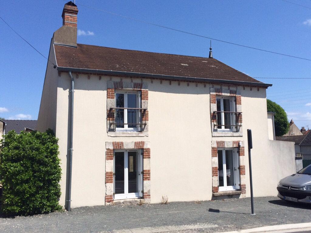 Location Maison 3 pièces à Ingré - vignette-1