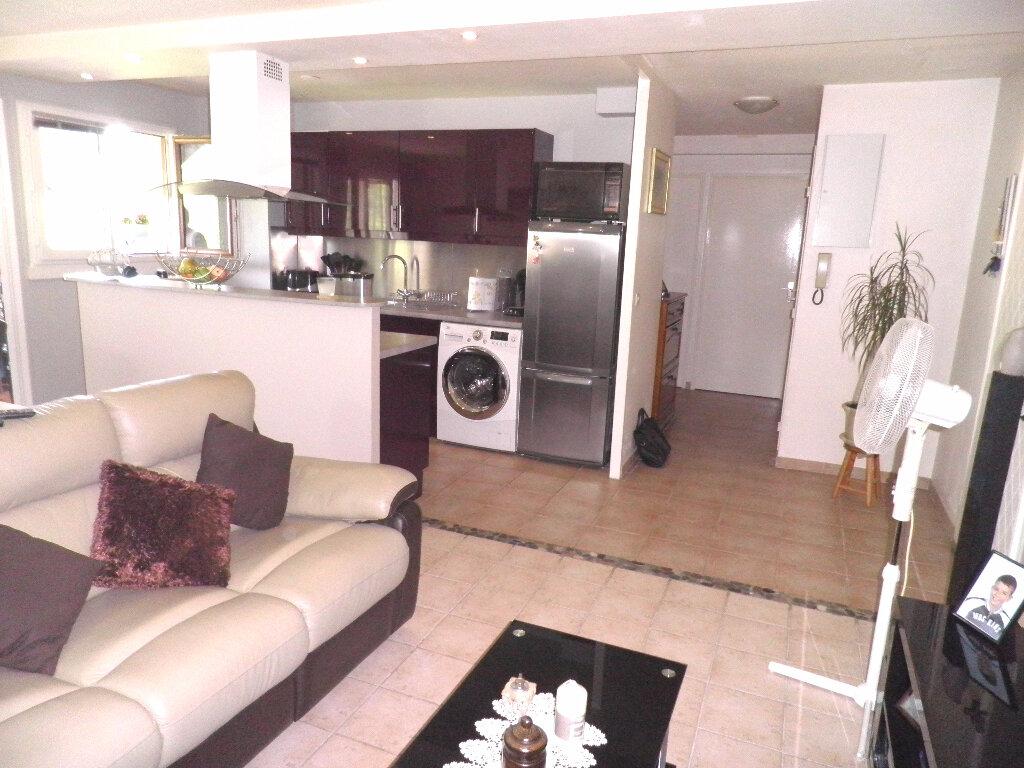 Achat Appartement 3 pièces à Cergy - vignette-7