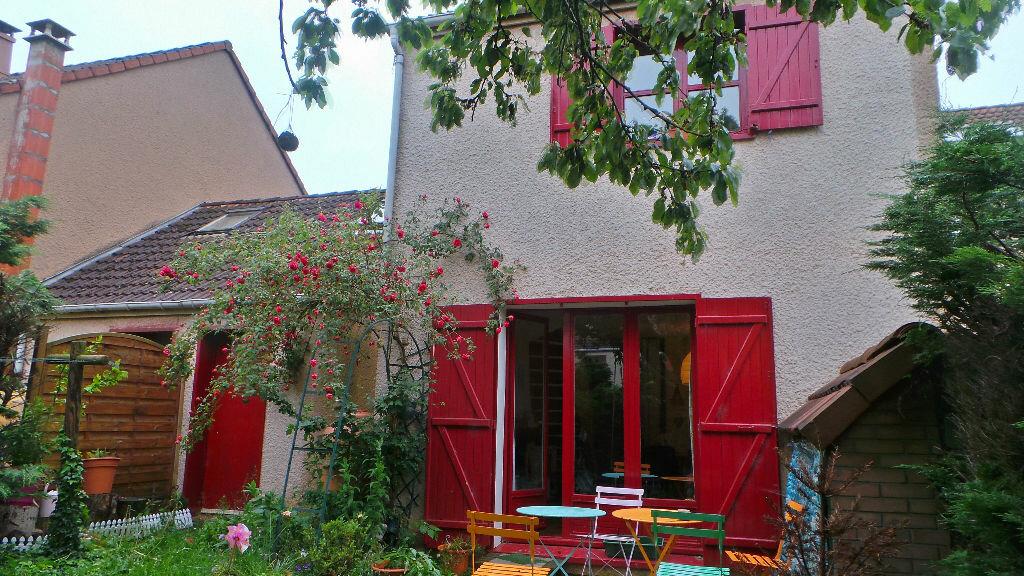 Achat Maison 5 pièces à Jouy-le-Moutier - vignette-1