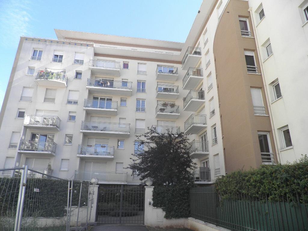 Achat Appartement 3 pièces à Cergy - vignette-1