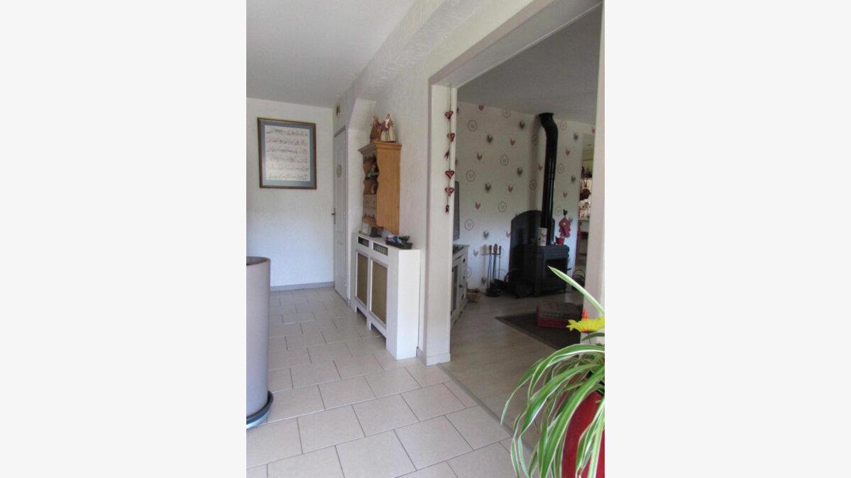 Achat Maison 6 pièces à Le Lardin-Saint-Lazare - vignette-4