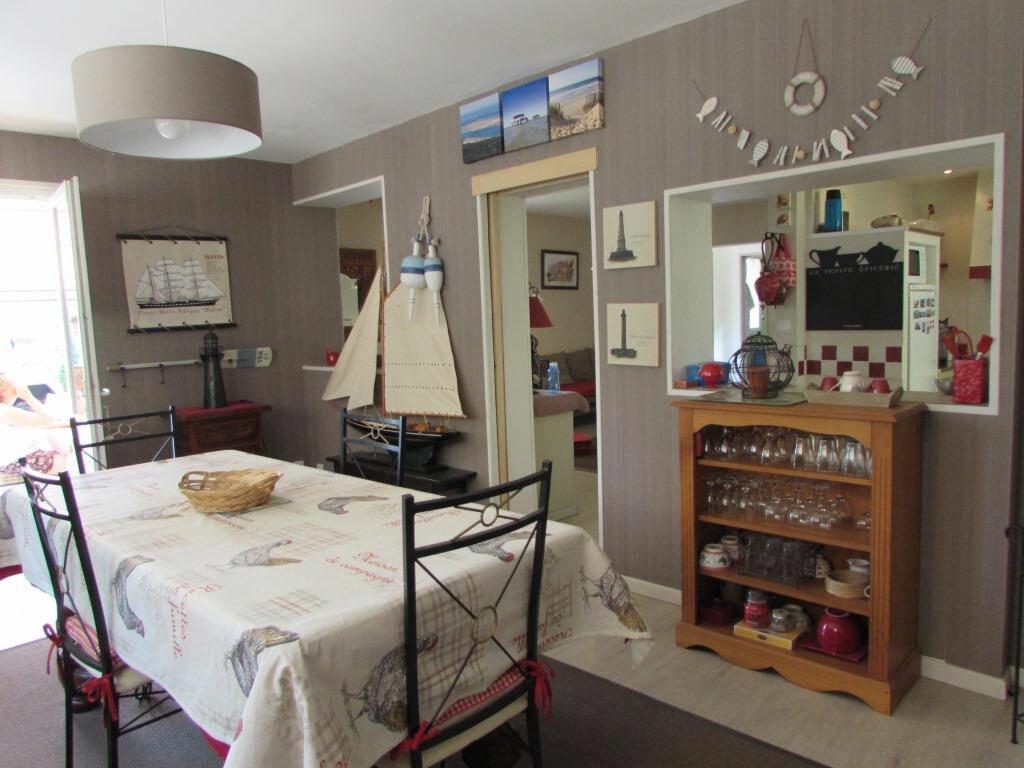 Achat Maison 6 pièces à Le Lardin-Saint-Lazare - vignette-7