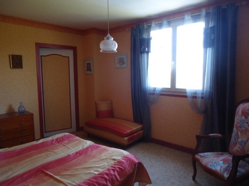 Achat Maison 7 pièces à Terrasson-Lavilledieu - vignette-13