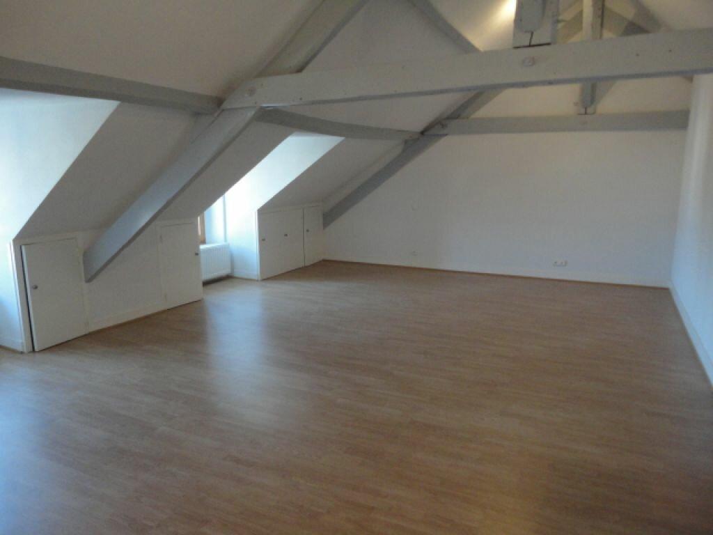 Achat Appartement 1 pièce à Terrasson-Lavilledieu - vignette-1