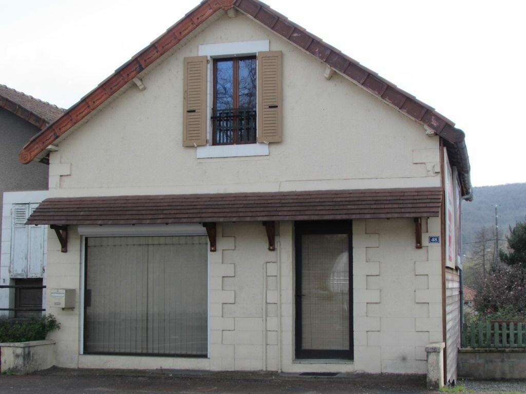 Achat Maison 4 pièces à Le Lardin-Saint-Lazare - vignette-1