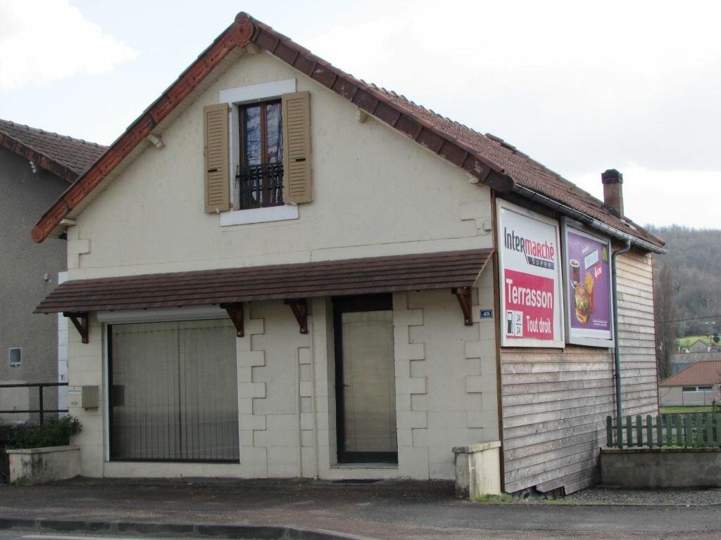 Achat Maison 4 pièces à Le Lardin-Saint-Lazare - vignette-2
