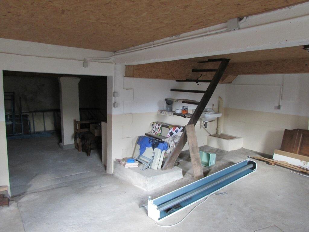 Achat Maison 4 pièces à Le Lardin-Saint-Lazare - vignette-9