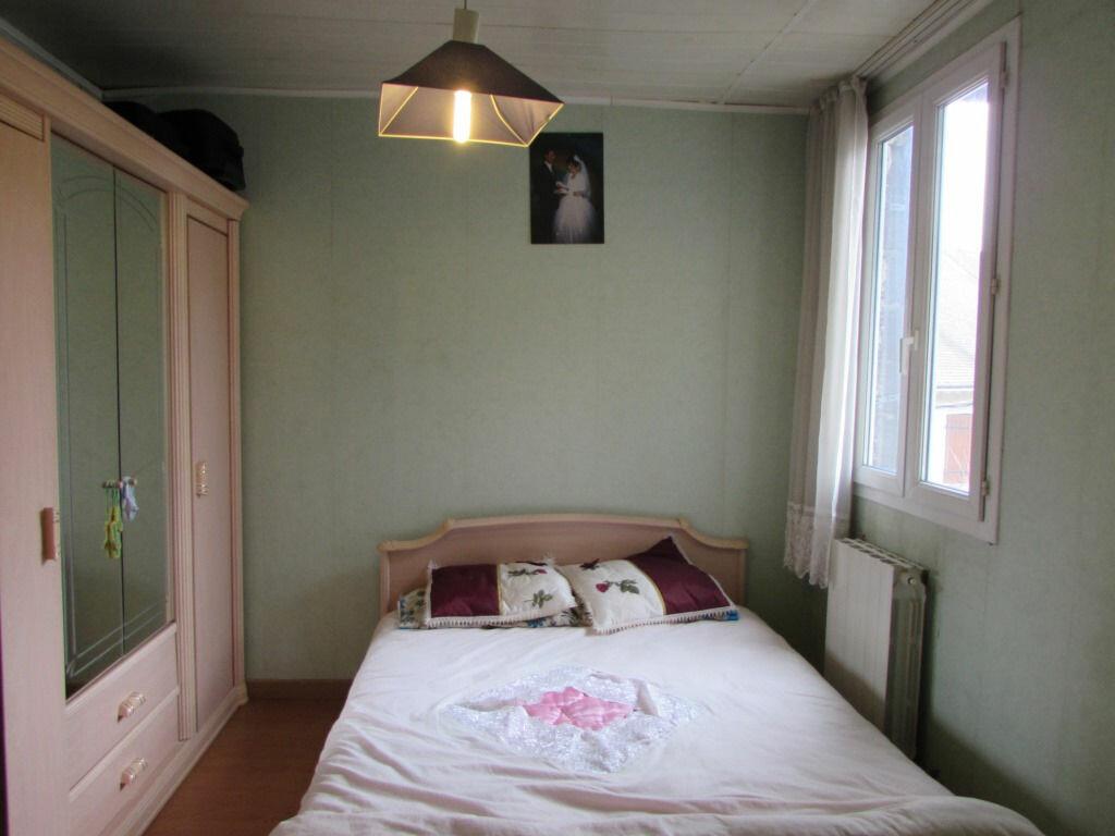 Achat Maison 4 pièces à Le Lardin-Saint-Lazare - vignette-5