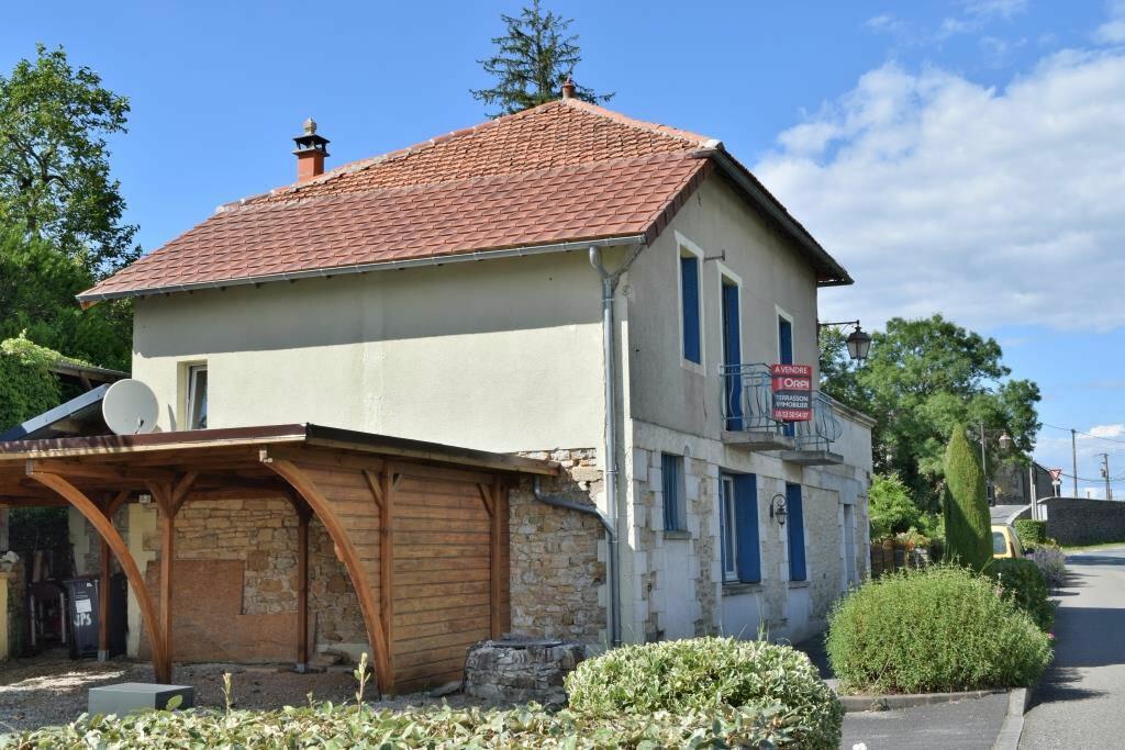 Achat Maison 7 pièces à Chavagnac - vignette-1