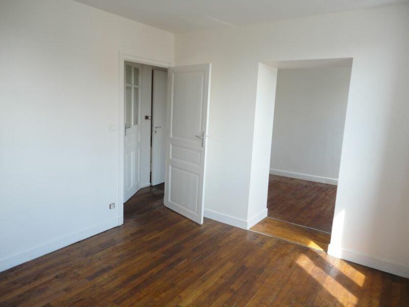 Location Appartement 2 pièces à Le Lardin-Saint-Lazare - vignette-2