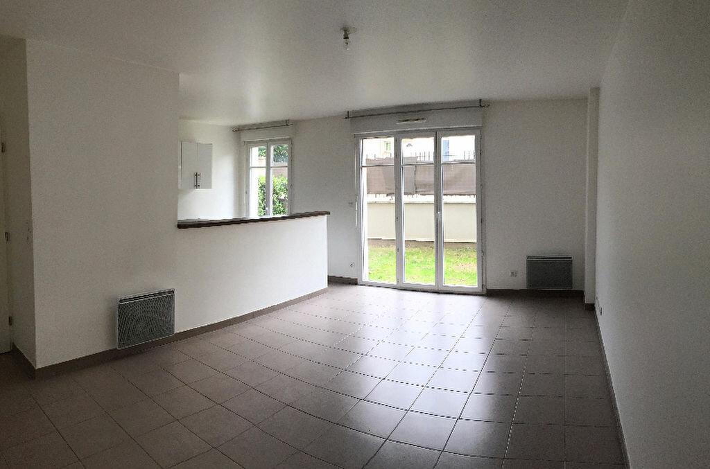 Location Appartement 2 pièces à Villebon-sur-Yvette - vignette-1
