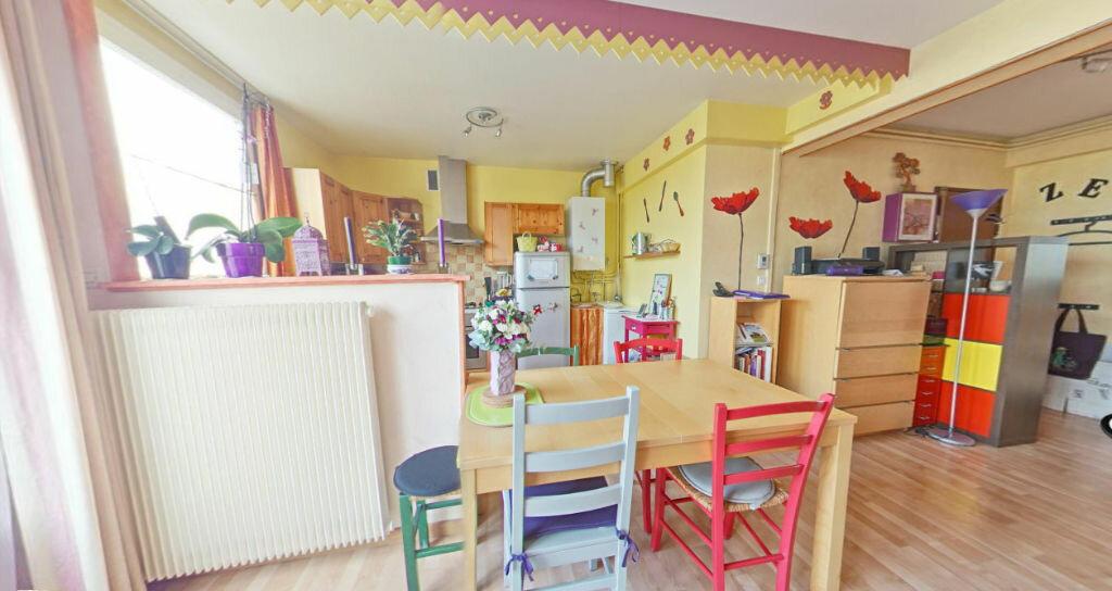 Achat Appartement 3 pièces à Nozay - vignette-2