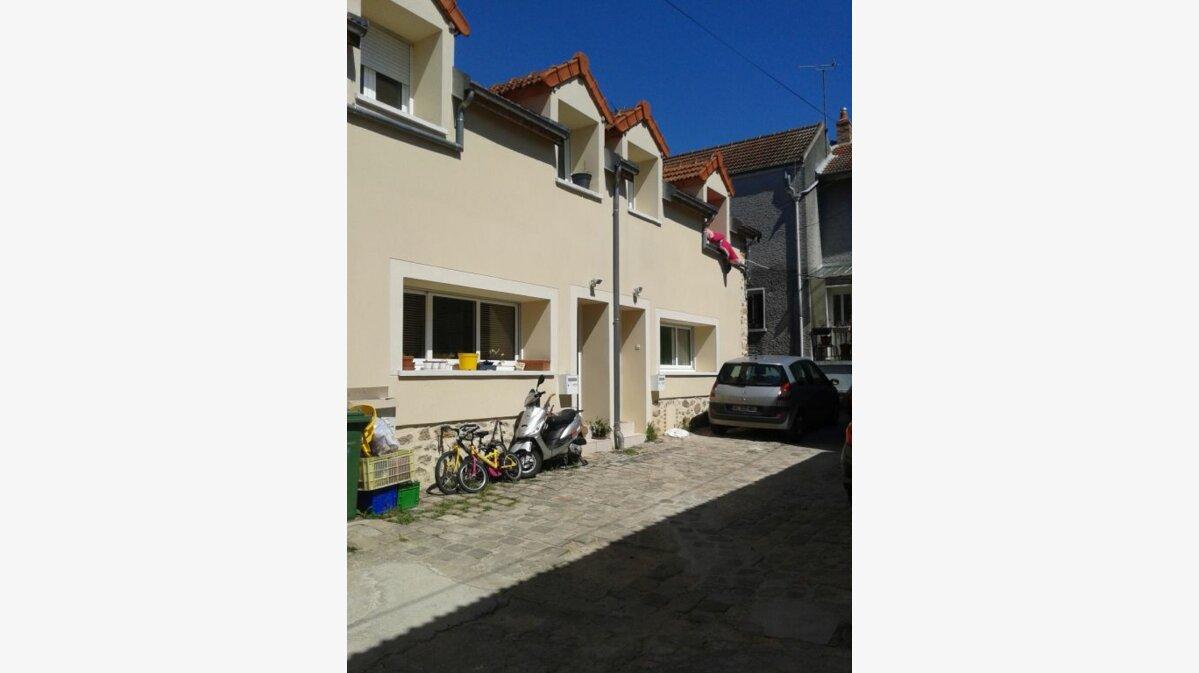 Location Maison 3 pièces à Saulx-les-Chartreux - vignette-1