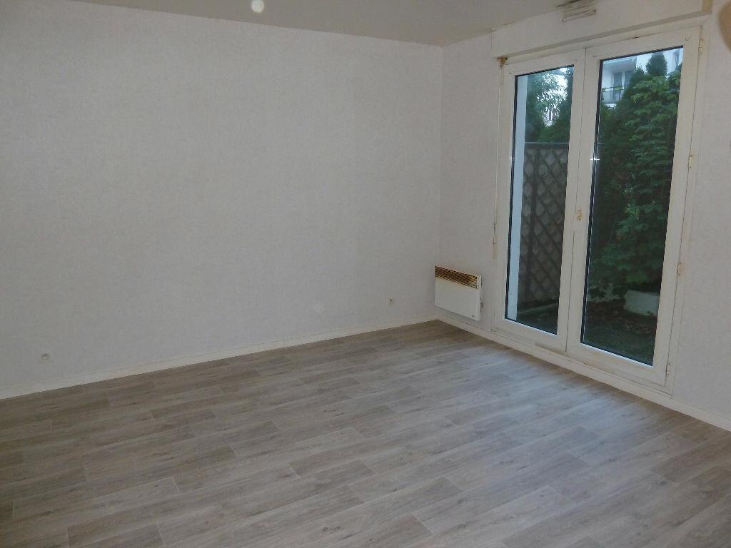 Achat Appartement 1 pièce à Lagny-sur-Marne - vignette-2