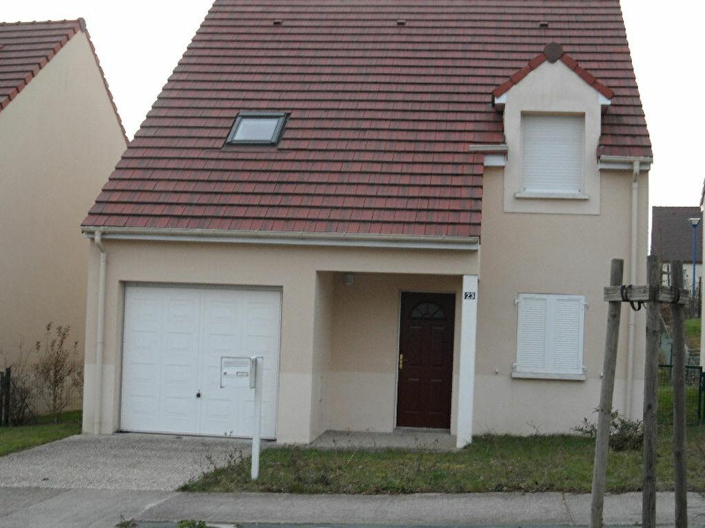 Location Maison 5 pièces à Saint-Ouen - vignette-1