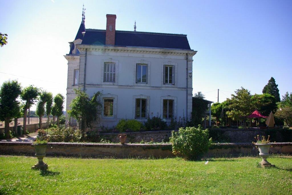 Achat Maison 10 pièces à Montoire-sur-le-Loir - vignette-1