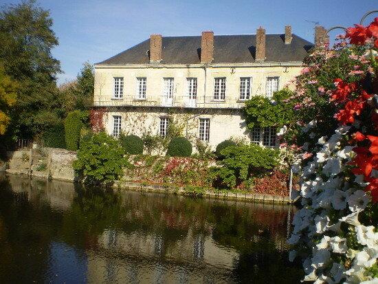 Achat Maison 7 pièces à Montoire-sur-le-Loir - vignette-1