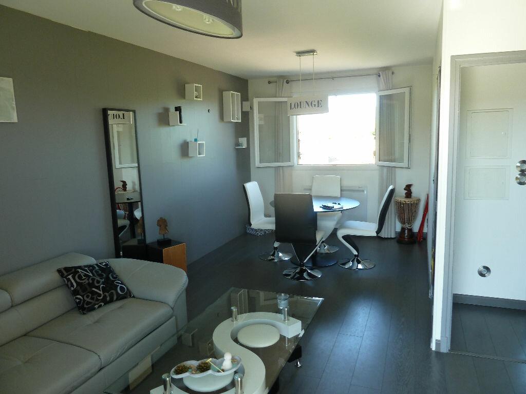 Achat Appartement 3 pièces à Vallon-Pont-d'Arc - vignette-1