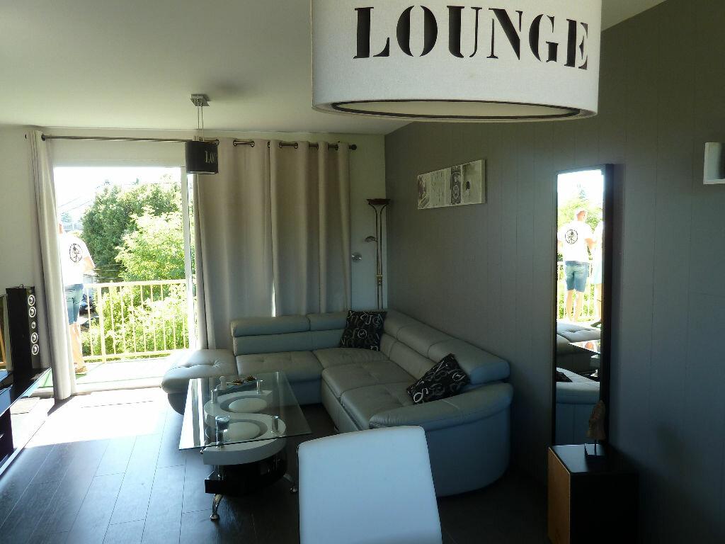 Achat Appartement 3 pièces à Vallon-Pont-d'Arc - vignette-3