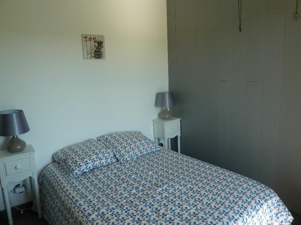 Achat Appartement 3 pièces à Vallon-Pont-d'Arc - vignette-6