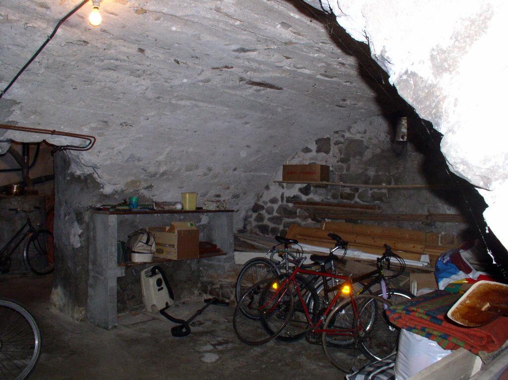 Achat Maison 4 pièces à Vallon-Pont-d'Arc - vignette-6