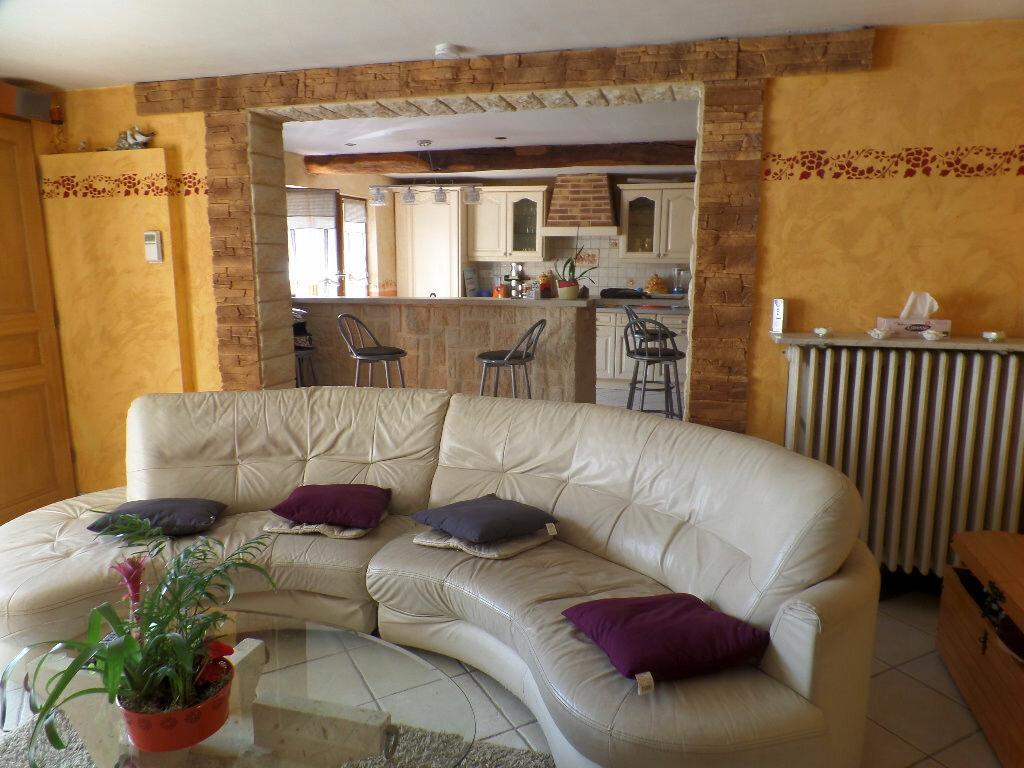 Achat Maison 5 pièces à Saint-Aubin-lès-Elbeuf - vignette-4