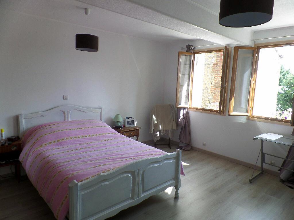 Achat Maison 5 pièces à Saint-Aubin-lès-Elbeuf - vignette-6
