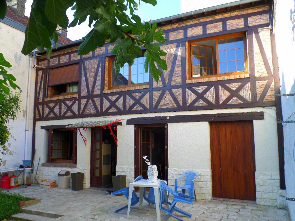 Achat Maison 5 pièces à Elbeuf - vignette-1