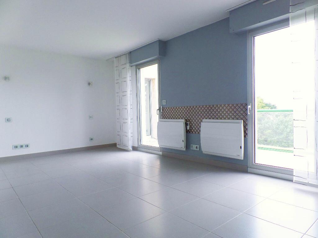 Achat Appartement 6 pièces à Bois-Guillaume - vignette-4