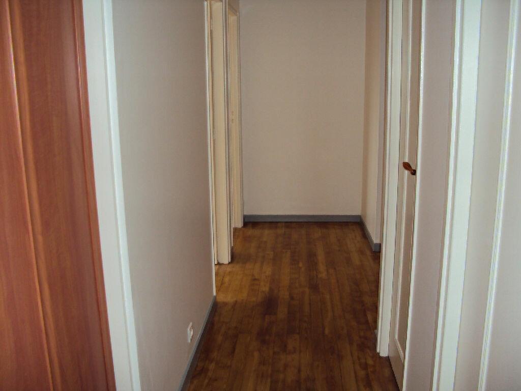 Achat Appartement 4 pièces à Sotteville-lès-Rouen - vignette-6