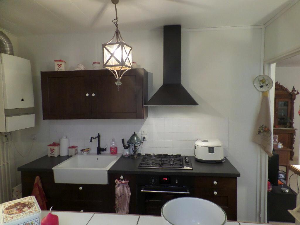 Achat Appartement 4 pièces à Elbeuf - vignette-6