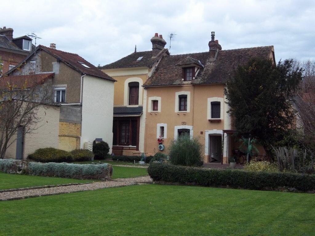 Achat Maison 7 pièces à Saint-Aubin-lès-Elbeuf - vignette-1
