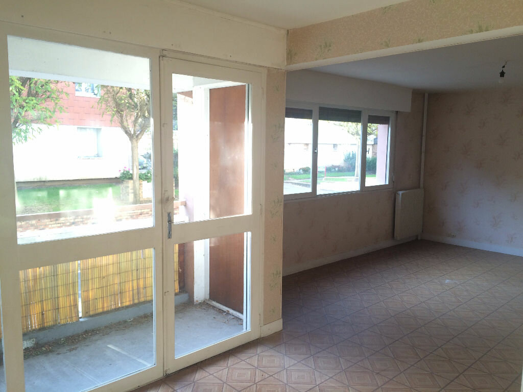 Achat Appartement 4 pièces à Elbeuf - vignette-2