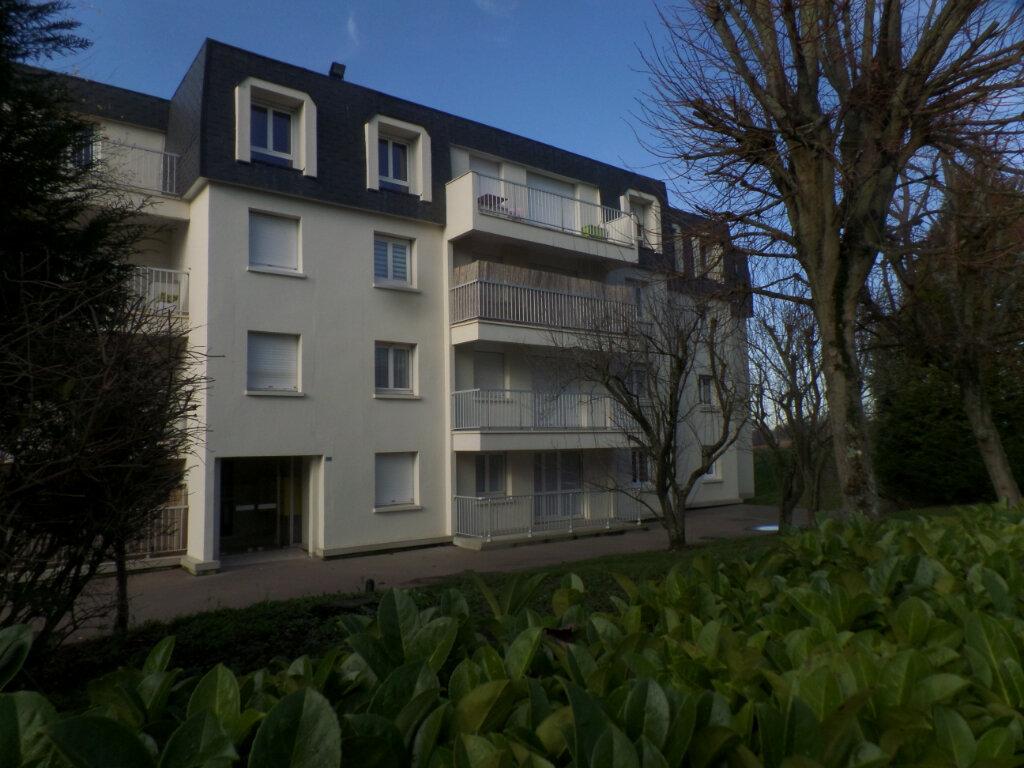 Location Appartement 1 pièce à Bois-Guillaume - vignette-1