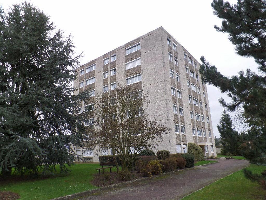 Achat Appartement 3 pièces à Caudebec-lès-Elbeuf - vignette-1