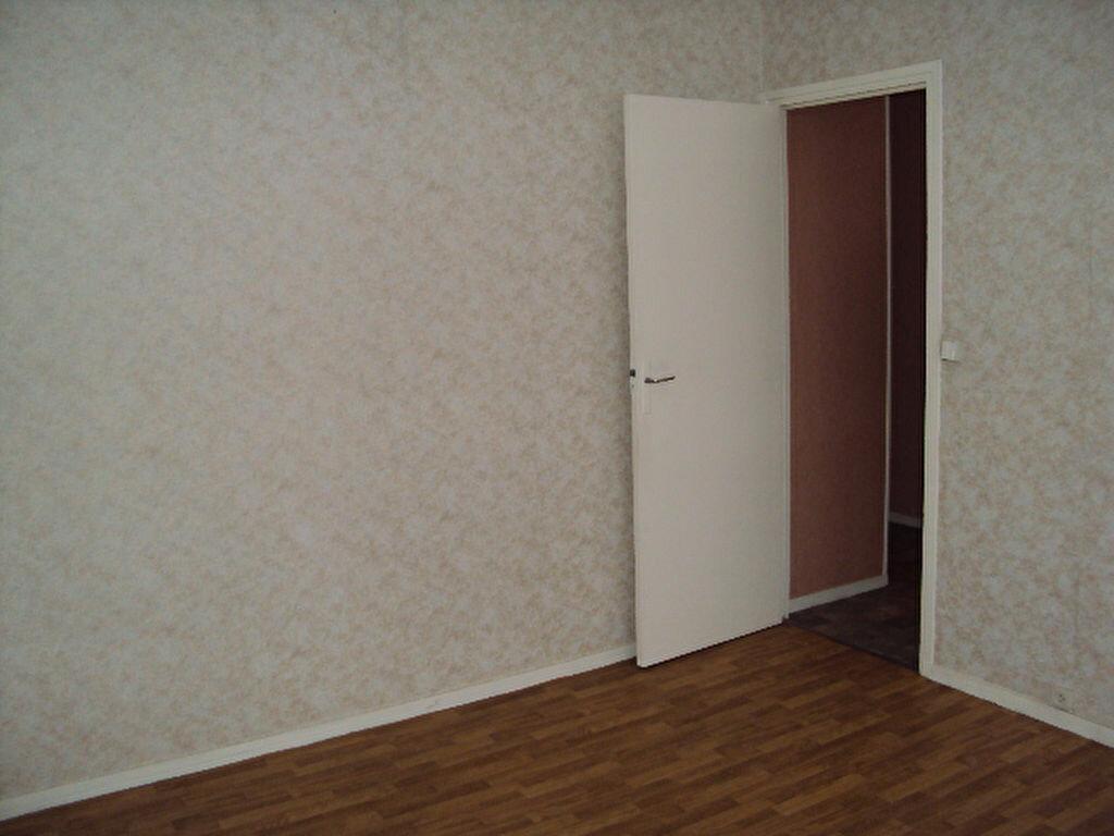 Achat Appartement 3 pièces à Sotteville-lès-Rouen - vignette-2
