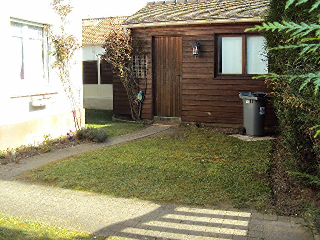 Achat Maison 4 pièces à Sotteville-lès-Rouen - vignette-2