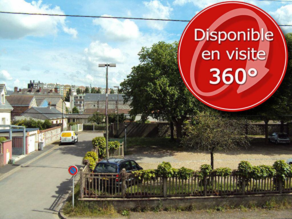 Achat Appartement 4 pièces à Sotteville-lès-Rouen - vignette-1