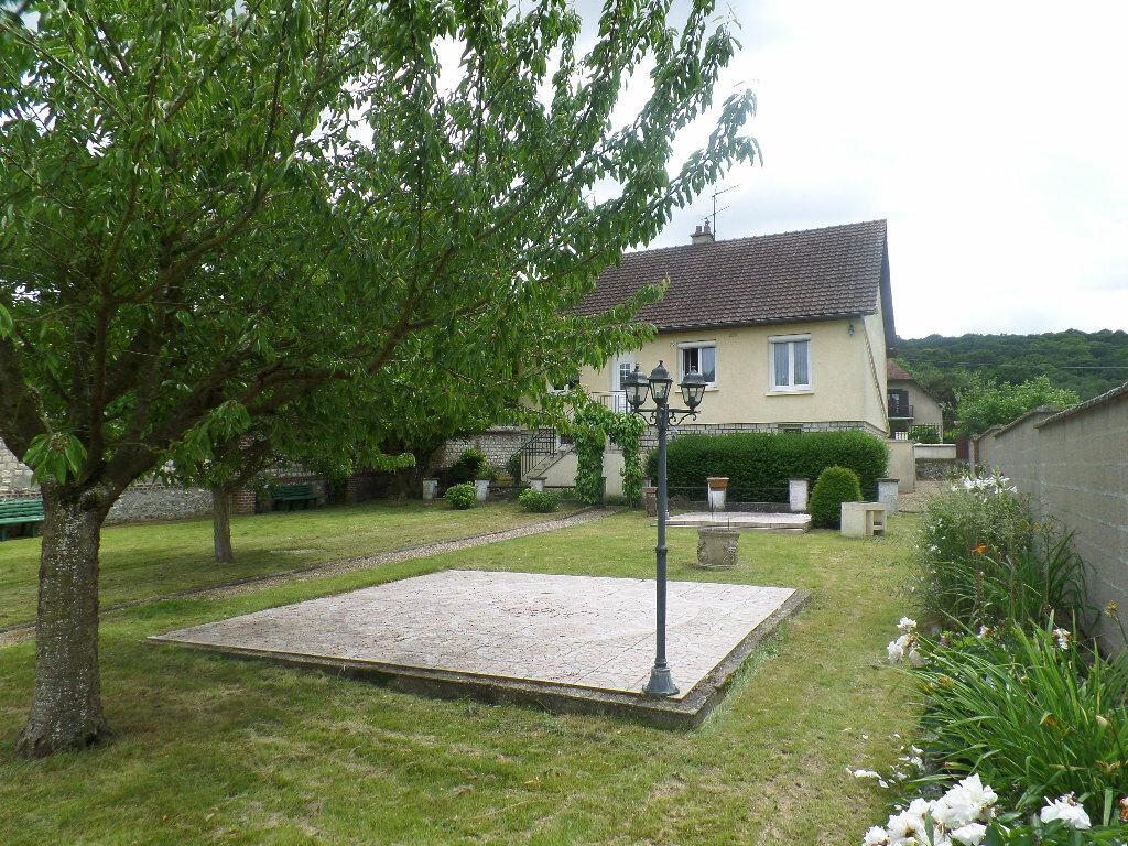 Achat Maison 5 pièces à Saint-Pierre-lès-Elbeuf - vignette-2