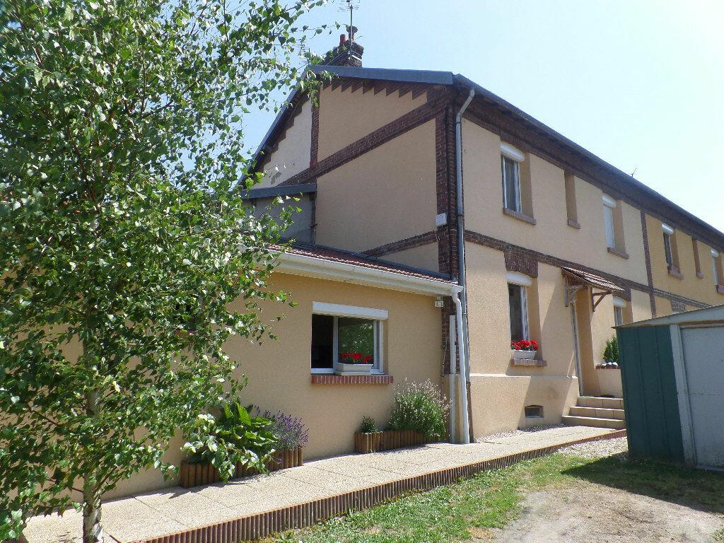 Achat Maison 4 pièces à Saint-Pierre-lès-Elbeuf - vignette-1