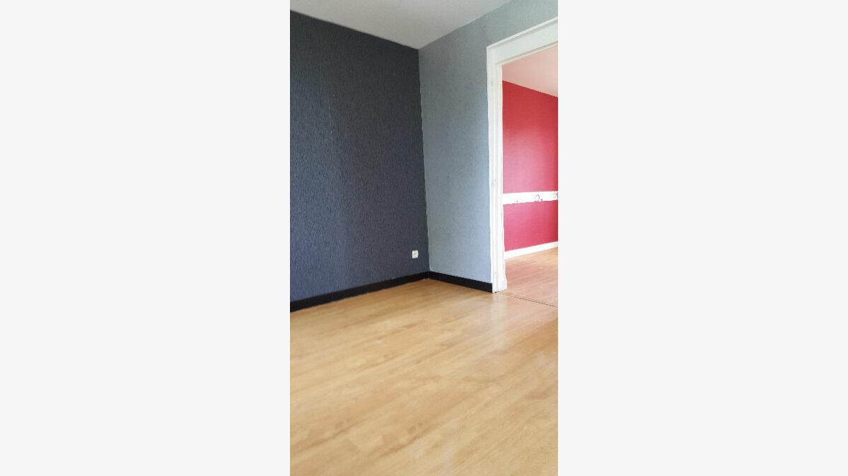 Location Appartement 2 pièces à Caudebec-lès-Elbeuf - vignette-3