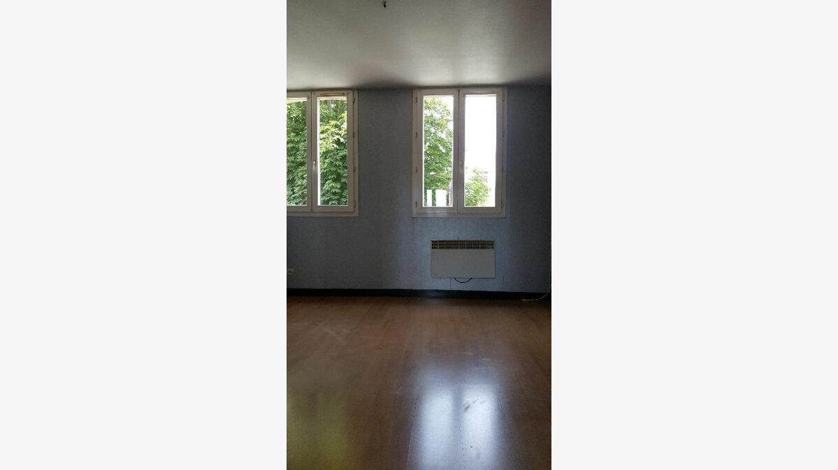 Location Appartement 2 pièces à Caudebec-lès-Elbeuf - vignette-5