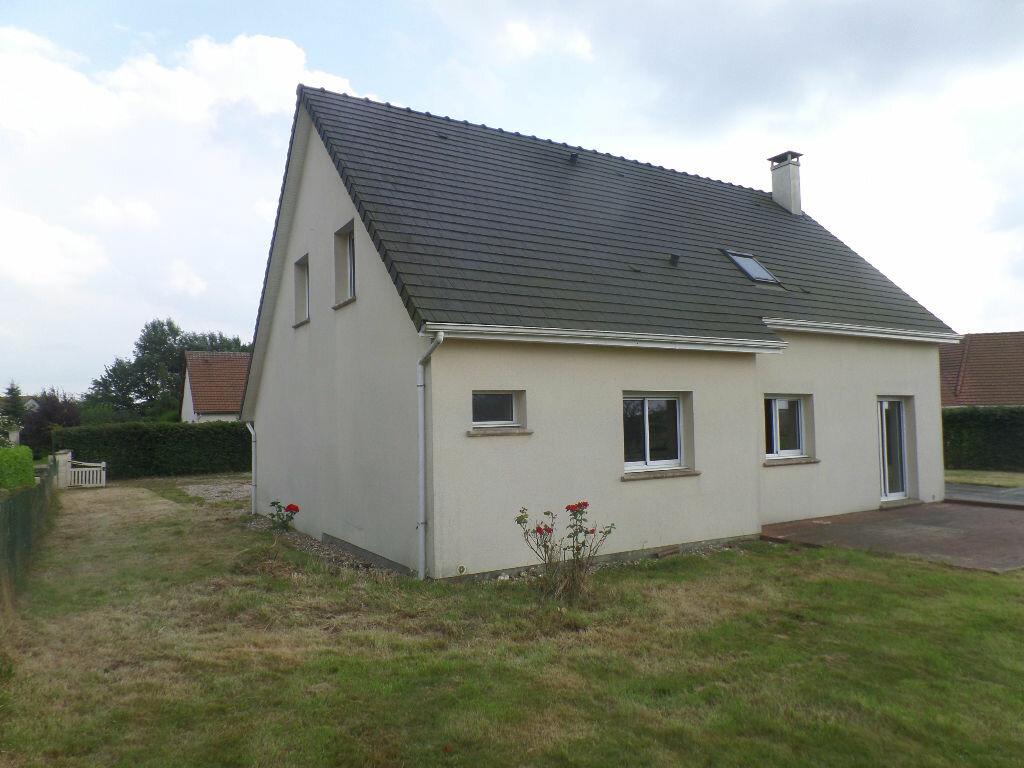 Location Maison 5 pièces à Saint-Jacques-sur-Darnétal - vignette-1