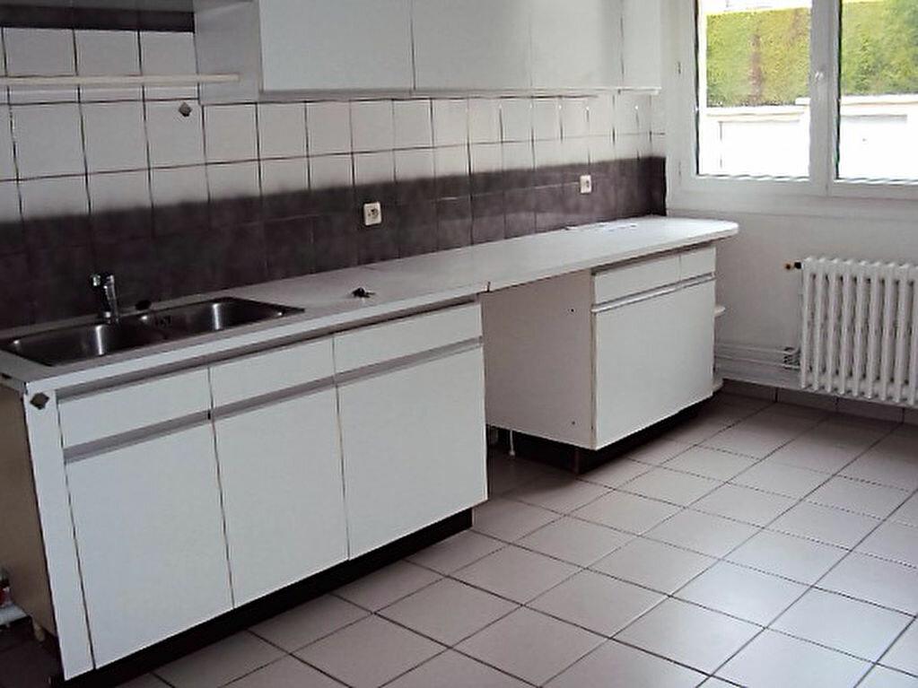 Achat Appartement 4 pièces à Rouen - vignette-2