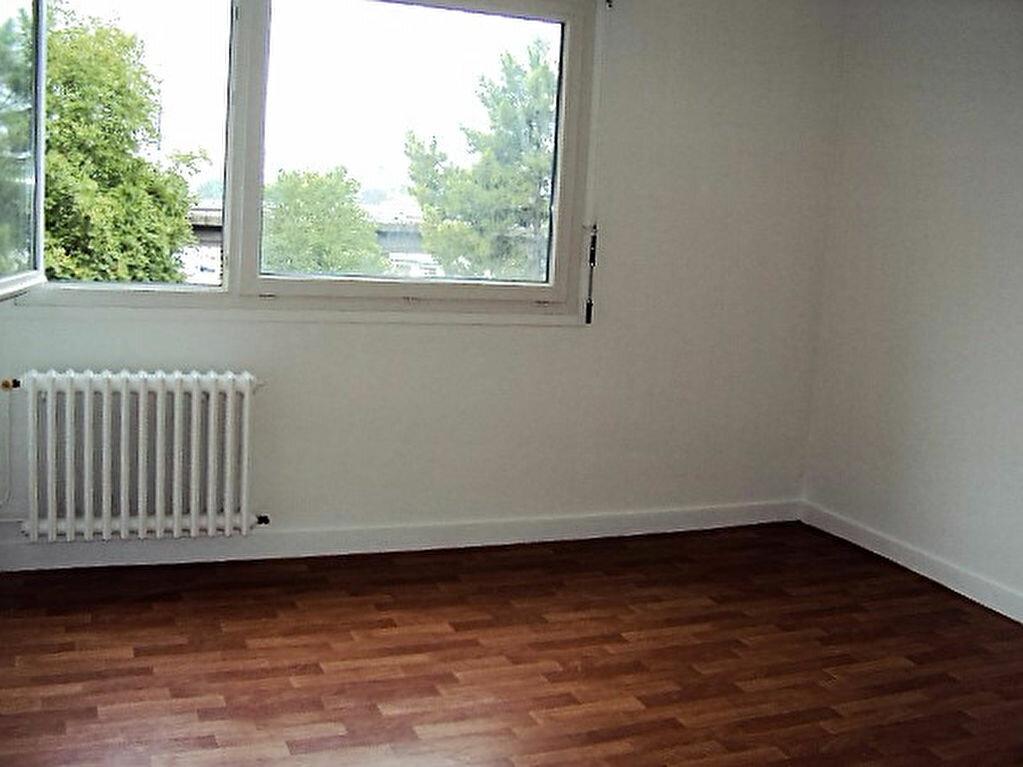 Achat Appartement 4 pièces à Rouen - vignette-3