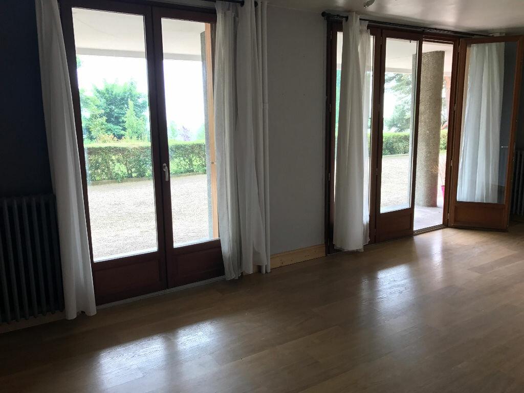 Achat Appartement 2 pièces à Bois-Guillaume - vignette-2