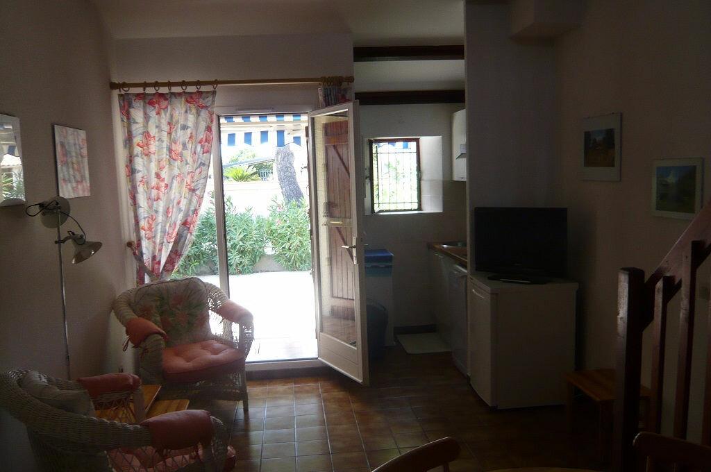 Achat Maison 4 pièces à Saint-Cyprien - vignette-9