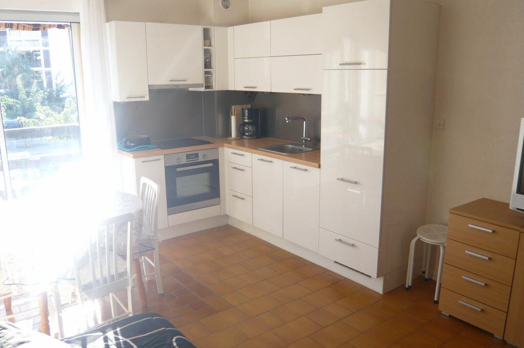 Achat Appartement 3 pièces à Saint-Cyprien - vignette-7