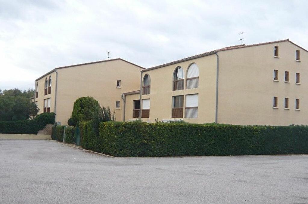 Achat Appartement 3 pièces à Saint-Cyprien - vignette-2