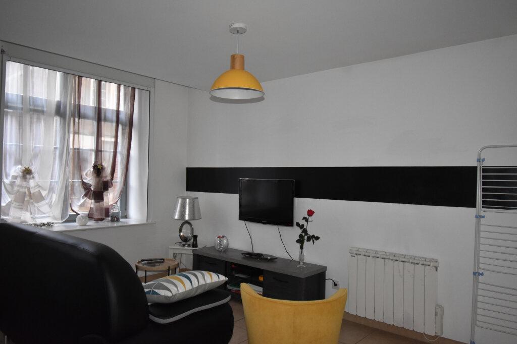 Location Appartement 2 pièces à Calais - vignette-3